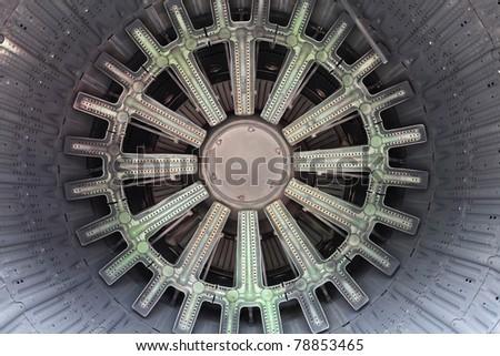 Fuel injector nozzle for gas turbine - L'Orange