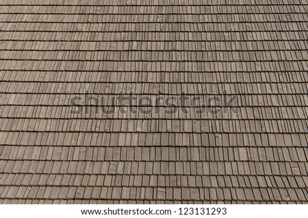 Real photo of wooden shingles on the roof