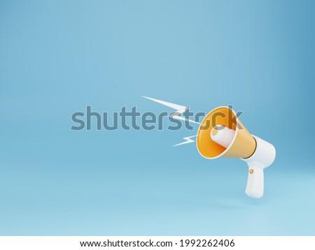 Realistic yellow megaphone or bullhorn speaker Isolated modern megaphone speaker on blue background - 3D rendering. Foto stock ©