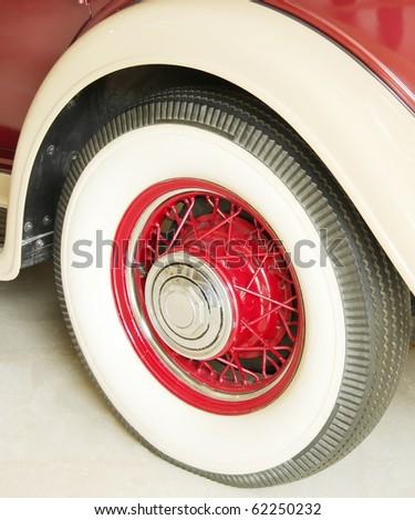 Rear wheel of a antique 1932 car