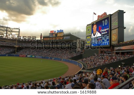 Record crowd watches the Braves vs. Mets game at Turner Field
