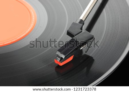 Record player stylus with 33rpm vinyl LP
