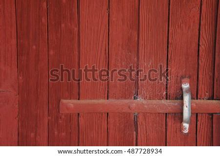 Delicieux Red Barn Door With Handle #487728934