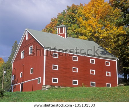 Red barn in Autumn, Vermont