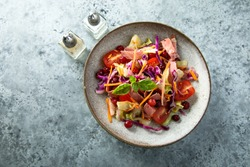 Red cabbage salad with pastrami