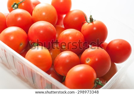 red cherry tomatoes red cherry tomatoes
