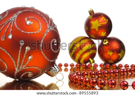 red christmas balls isolated over white background
