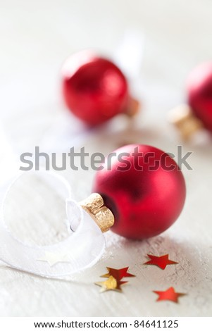 red christmas balls with decoration