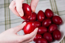 Red eggs for Easter, Romanian Easter traditional menu