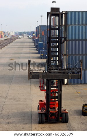 Red lifting machine in Container area