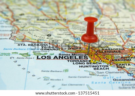 red push pin pointing at Los Angeles, USA
