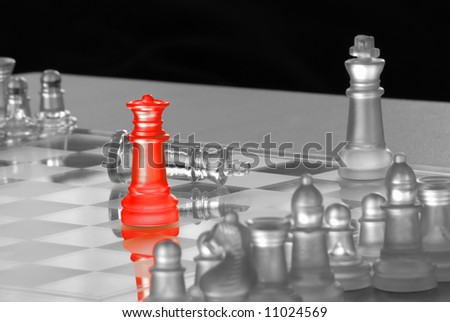 Red Queen on Chess Board