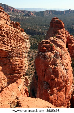 Red Rock Pillar Overlook