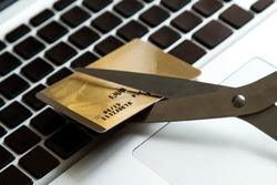 Reduce expenses with the credit card