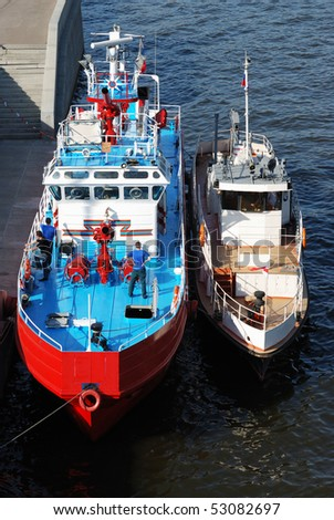refueling two boats