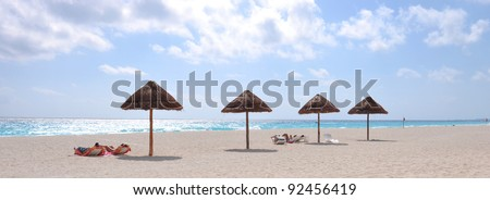 relax in cancun beach during a sunny day