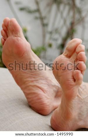 Relaxed feet #1