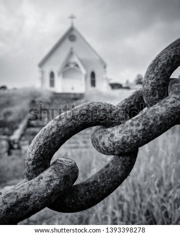 Religious freedom, chain and church #1393398278