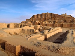 Remains of zuggurat Chogha Zanbil & temple of Elamite god Kiririsha, Shush, Iran. Complex is no.1 object in UNESCO List in Iran. One of most ancient & attractive tourist sites in Khuzestan province