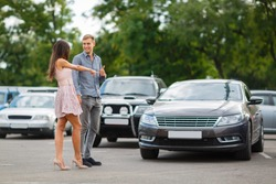 Rent and sales acars, the car rental company. The market of car rental continues to grow for tourists.