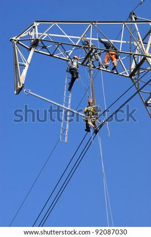 repairing a power line
