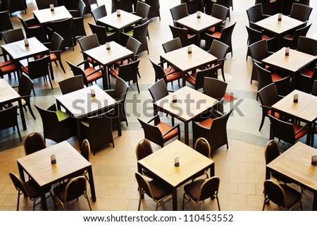 Restaurant's tables