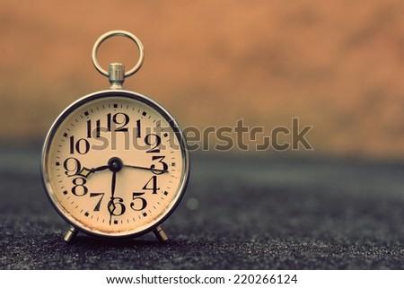 Retro alarm clock with retro vintage efect