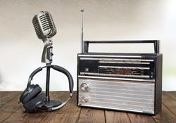 Retro radio headphones and microphone