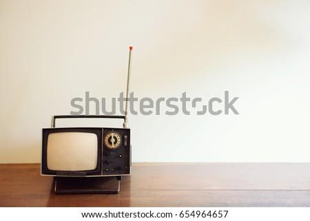 Retro TV #654964657