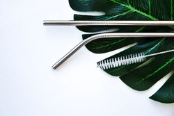 Reusable Metal Straws with Portable Case - Stainless Steel, Eco-Friendly Drinking Straw Set with Cleaning Brushes. Stainless Steel Metal Straws, Reusable Comfortable Rounded tip Drinking Straws