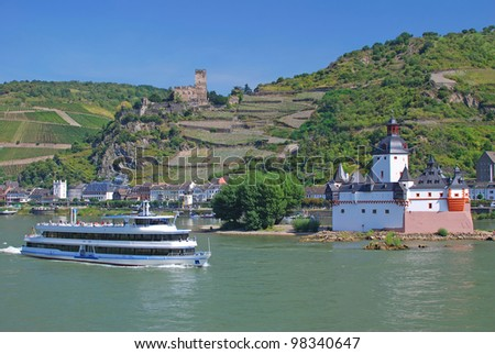 Rhine River and Pfalzgrafenstein Castle near Kaub,Germany