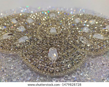 Rhinestones strass figures to decorate clothing