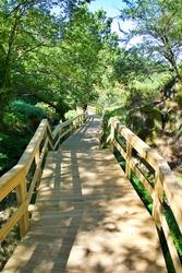 Ribeira de Quelhas walkways, Coentral Grande, Castanheira de Pera, Portugal