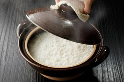 Rice cooked in Japanese hot pot