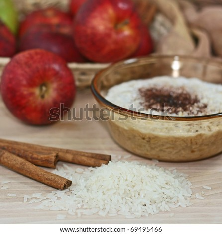 rice pudding and apple on table
