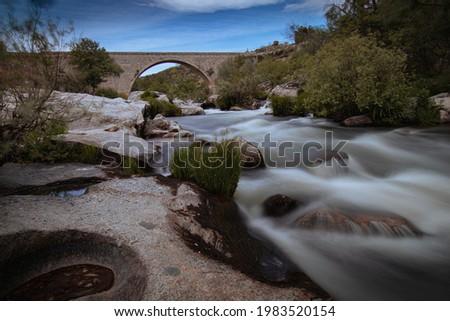 Rio de España en la comunidad de Castilla y leon Foto stock ©
