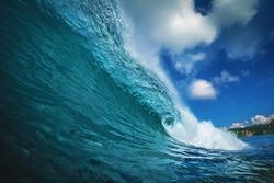Rip curl ocean surfing wave