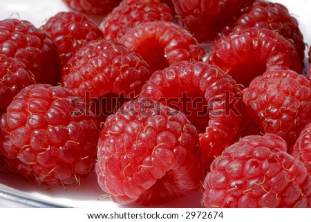 Ripe berries on a plate