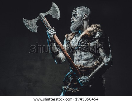 Risen chief from the nord with two handed axe and pale skin Photo stock ©
