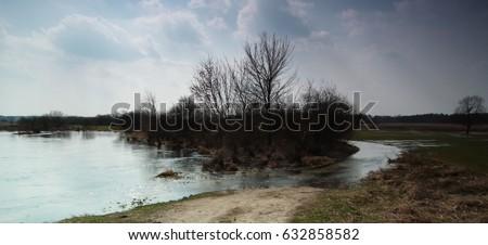 river powód? Zdjęcia stock ©