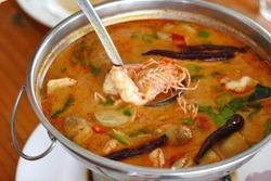 River prawn spicy soup