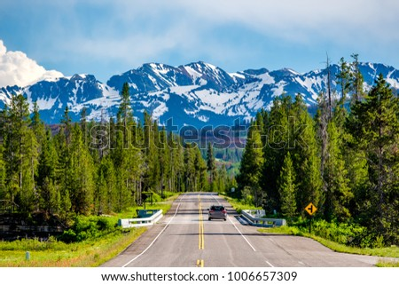 Road from Yellowstone National Park to Grand Teton National Park, Wyoming, USA ストックフォト ©