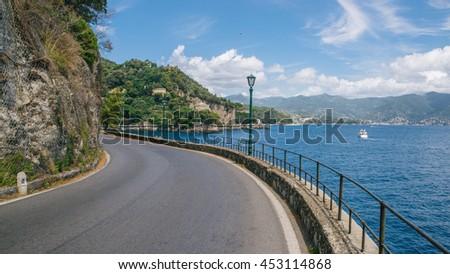 Road next to beautiful Liguarian ocean and Villa near Portofino