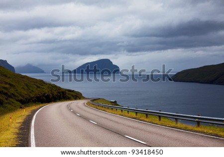 road on Faeroe islands