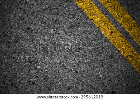 Road texture with two yellow