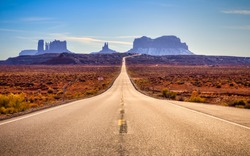 Road to Monument Valley, Monument Valley, Utah