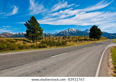 Road to mount Cook, Southern Alps, New Zealand