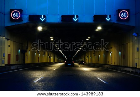 road tunnel with speed limitation