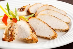 Roasted turkey slices with vegetables