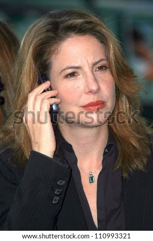 "Robin Weigert at the premiere of ""Into the Wild"". Directors Guild Of America, Los Angeles, CA. 09-18-07"